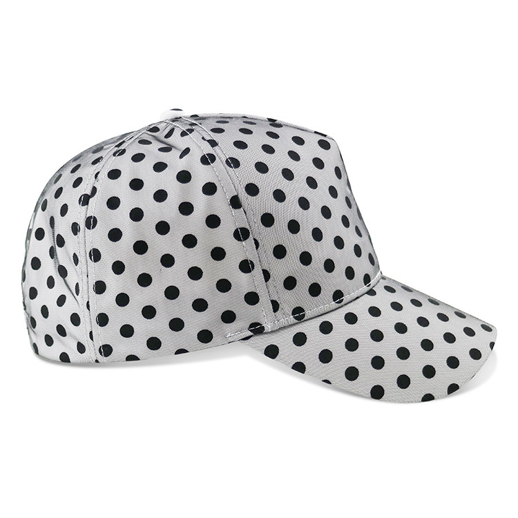 White Printed Long Brim Baseball Hat , Trendy Outdoor Ladies Sports Hats